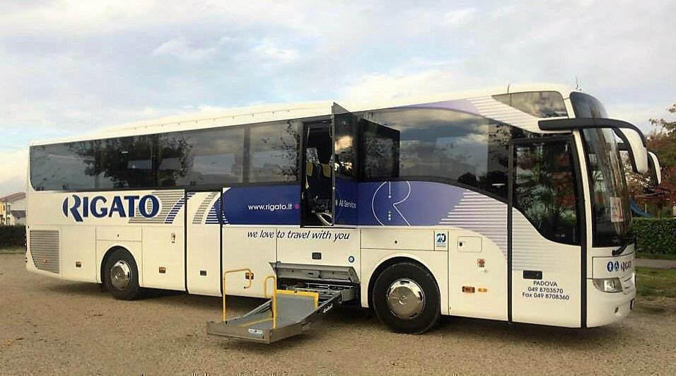 Bus Accessibile disabili